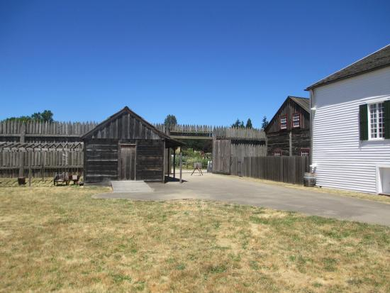 Fort Vancouver - Front Gate