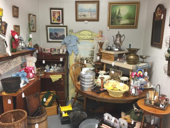 antique stores olathe ks Vintage Traders Antique Mall (Olathe, KS): Address, Phone Number  antique stores olathe ks