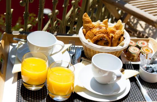 Hotel La Villa Tosca: Petit déjeuner