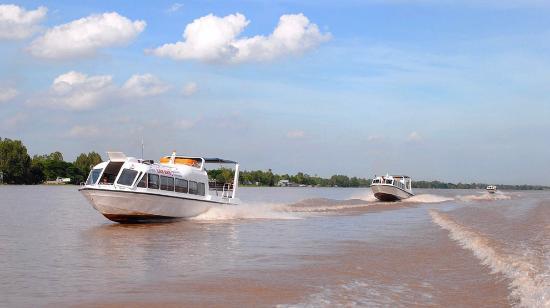 Lan Anh Express Boats