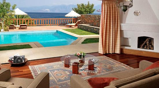 Elounda Mare Relais & Chateaux hotel: King Minos Royalty Suite with private pool