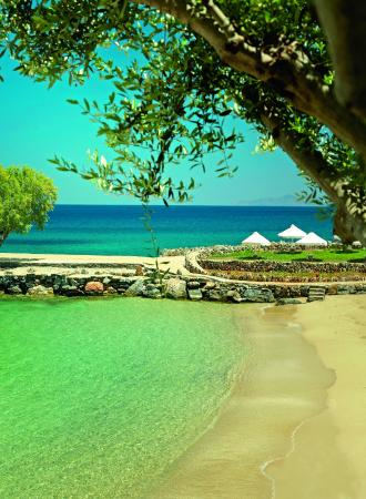 Elounda Mare Relais & Chateaux hotel: Private Sandy Beach