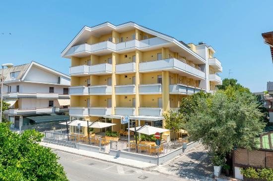 Photo of Hotel Venezia Tortoreto
