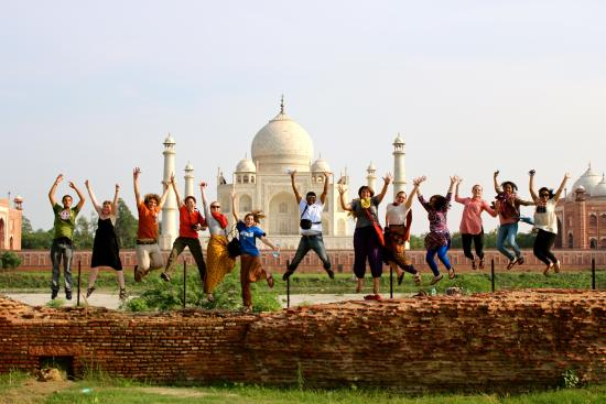 ‪Leisure India Holidays – Same Day Taj Mahal Tour‬