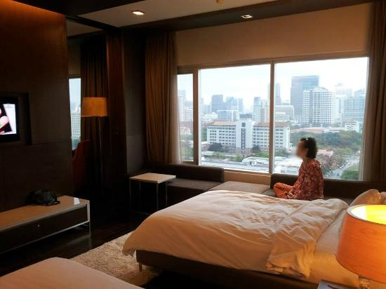 Pathumwan Princess Hotel: Executive Room With Separate Living Room. Part 90