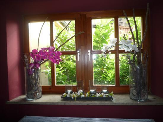 Fensterdeko Picture Of Rot Restaurant Und Hotel Gmbh