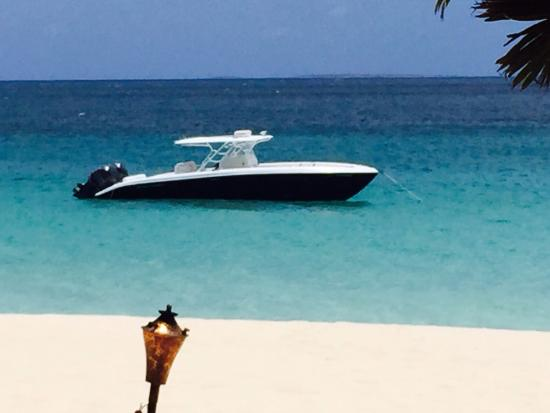 Simpson Bay, Saint-Martin / Sint Maarten: Beautifully view from our lunch table