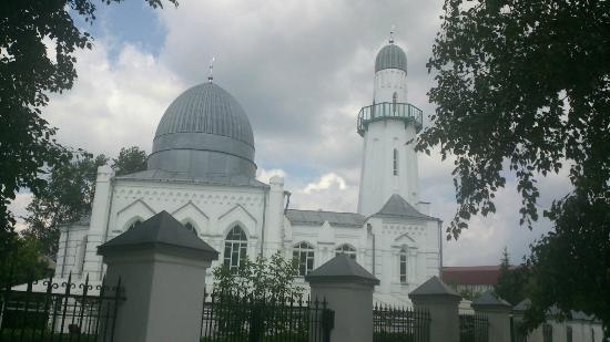 Белая соборная мечеть