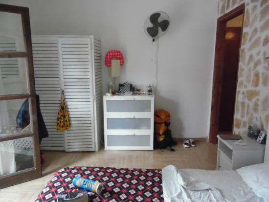 Villa Tasos: Bedroom U0026 Spare Wall Fan
