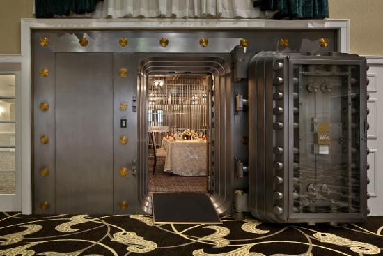 Vault Private Dining Room Picture Of One Lincoln