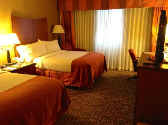 Holiday Inn Select Memphis - Downtown (Beale Street): Guest Room with Two Double Beds