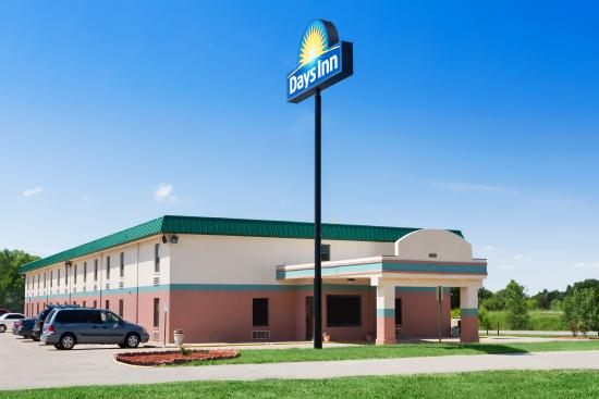 Days Inn Wichita North