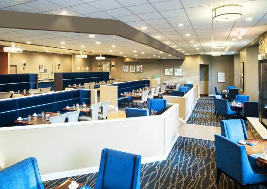Sheraton Charlotte Airport Hotel: Restaurant