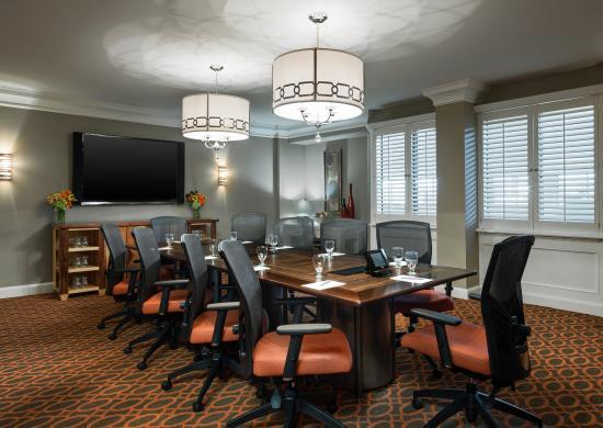 Sheraton Charlotte Airport Hotel: Boardroom