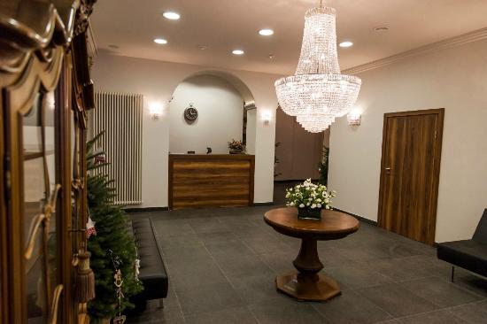 Hotel Fortuna Bis: Lobby