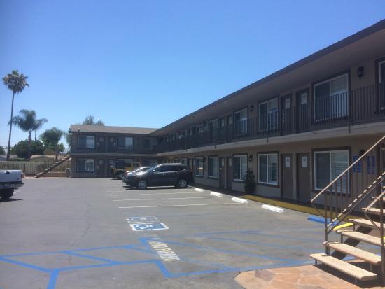 Hotel 414 Anaheim: Nice hotel