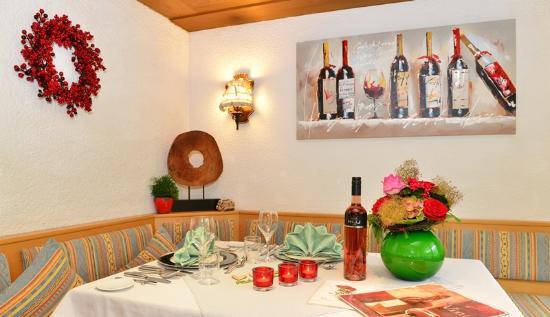 Hotel Pension Tanneneck: gedeckter Tisch
