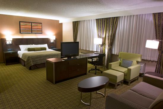 Radisson Hotel Whittier: Junior Suite