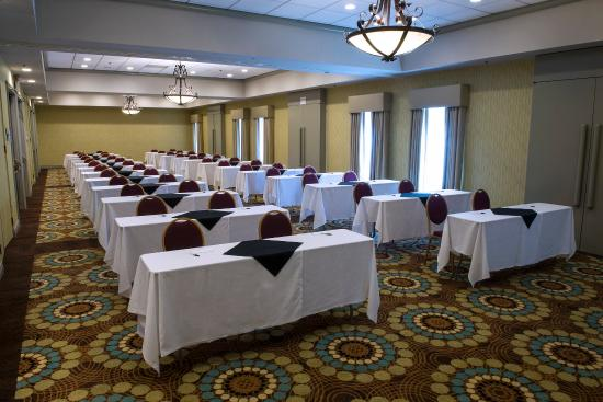 DoubleTree by Hilton Whittier Los Angeles: MEETING ROOM