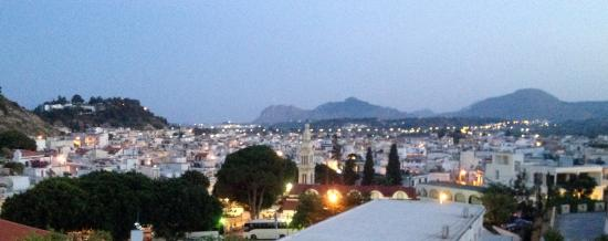 Afandou, Grecia: Afantou Nights von der Terrasse fotografiert