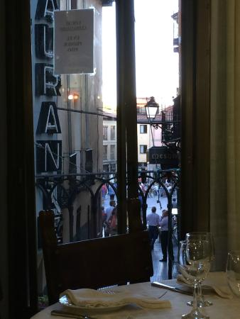 Restaurante El Besugo: The view from the upper dining room.