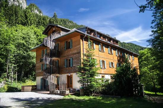 1861 Châtel Hostel