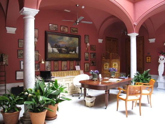 Casa Palacio Conde de la Corte: Recepción del hotel (1)