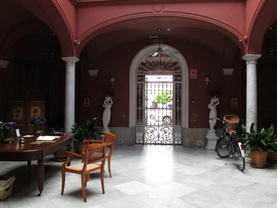 Casa Palacio Conde de la Corte: Entrada