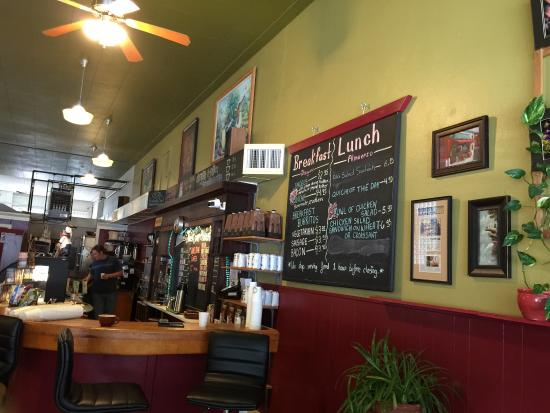 The Pour House Coffee Shop: Stop in for a Fruit Smoothy or some Coffee