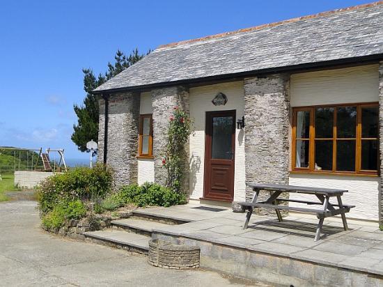 Lower Campscott Farm: Fuchsia Cottage sleeps 4