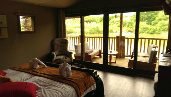 la vue des lodges photo de les lodges du pal dompierre sur besbre tripadvisor. Black Bedroom Furniture Sets. Home Design Ideas