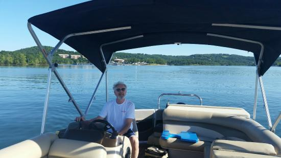 Rock Lane Resort and Marina: Great rental boats