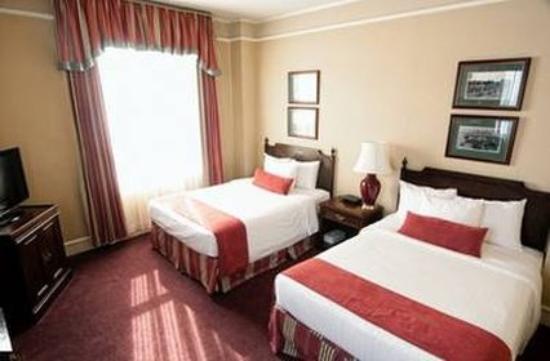 رود شارلوت تاون: Standard Beds
