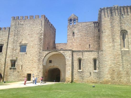 Mosteiro da Flor da Rosa e Nucleo do Museu Nacional de Arte Antiga
