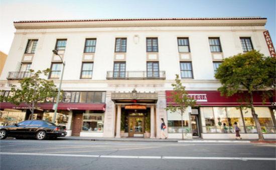 Cardinal Hotel: ext1