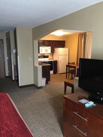 Comfort Inn & Suites: Kitchen Suite
