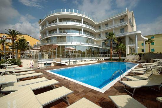 Photo of Mediterraneo Palace Hotel Amantea