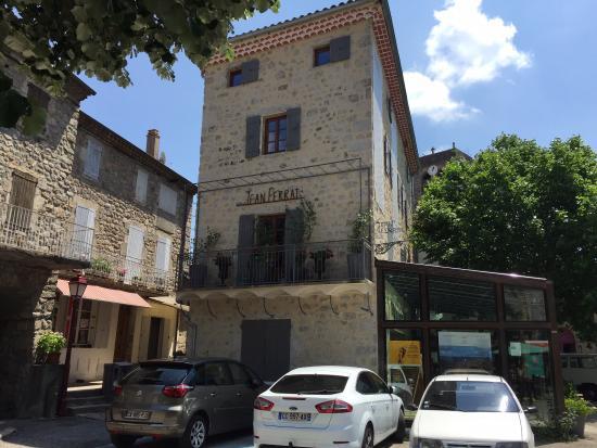 Maison jean ferrat picture of maison jean ferrat for Antraigues sur volane maison de jean ferrat