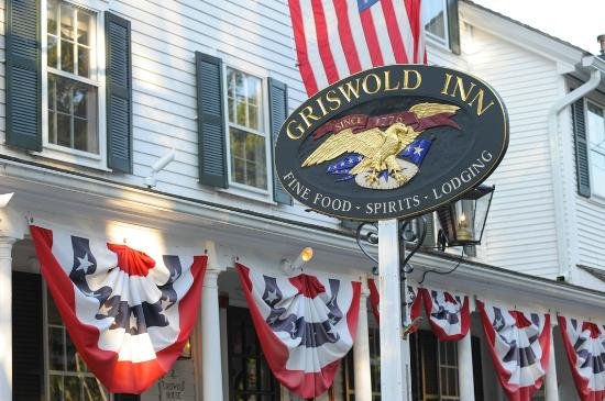 The Griswold Inn - Summer!