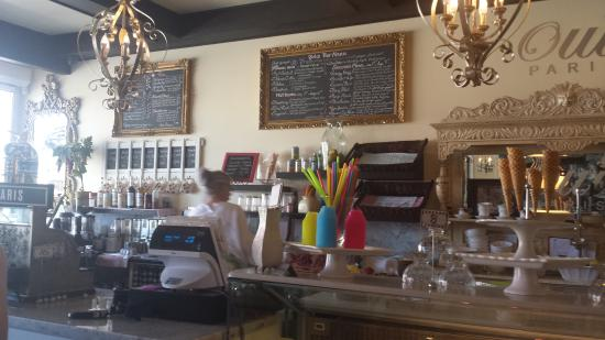 Oui Paris Cafe Couture