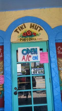 Tiki Hut Pub & Grill