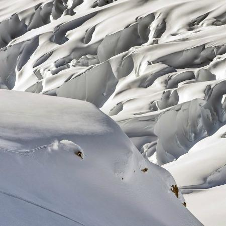 Alaska Powder Descents: Above the icefield