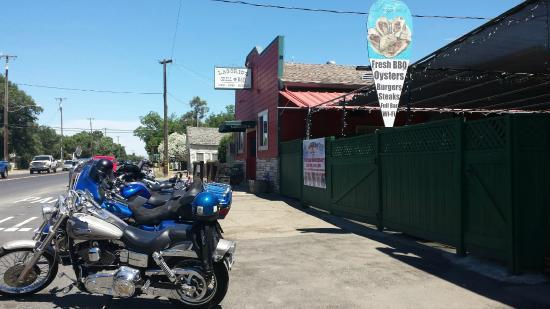 Farmington, CA: Street-view.
