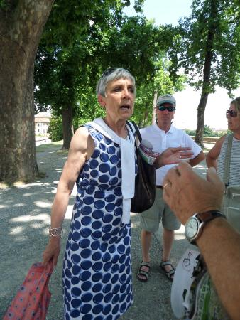 Lucca Tours : Wanda Martinelli introducing us to Lucca
