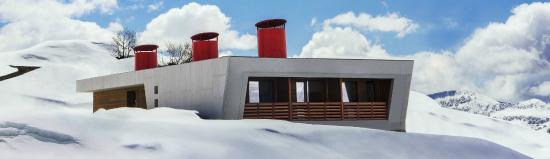 Tsar Bani Spa Resort