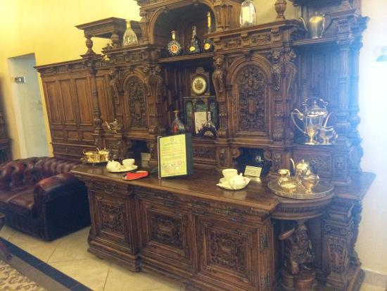 Grand Hotel Continental: Bar