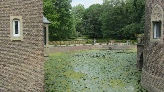 Schloss Paffendorf: View on the garden from the Schloss