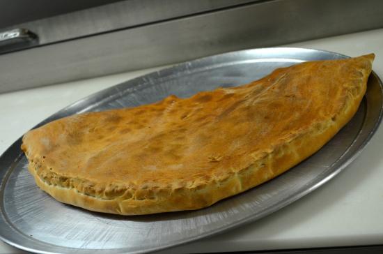 Tyrone, Pensilvanya: Large Stromboli
