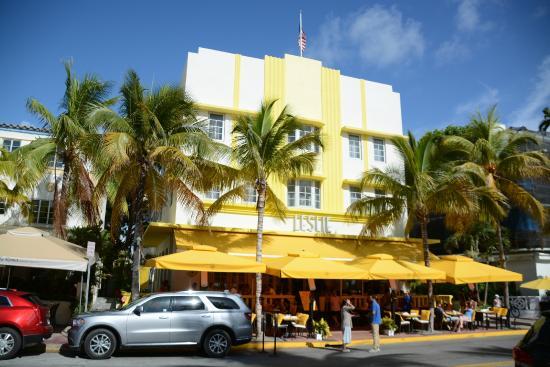 Leslie Hotel Fachada