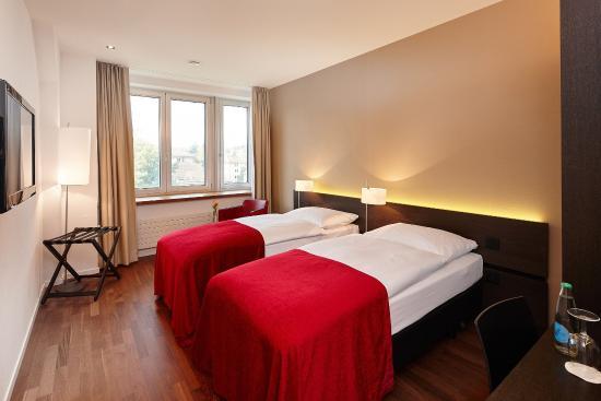 Hotel Banana City: Guest Room